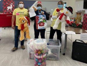 reliant-christmas-volunteers